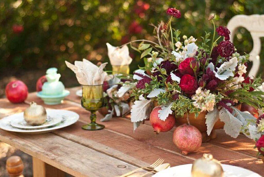 dekoracja kwiatowa na stół