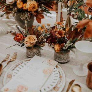 jesienna dekoracja stołu weselnego
