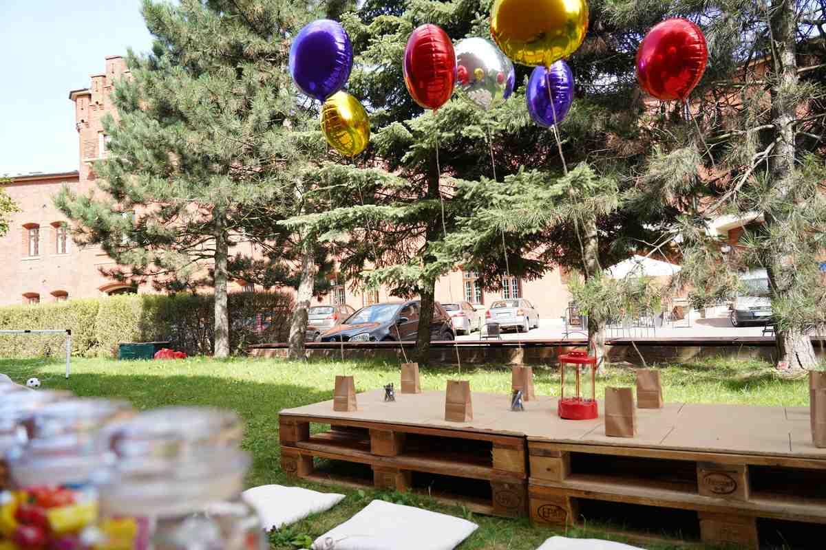 stoły dla dzieci