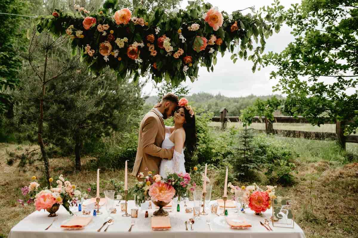 młoda para na weselu