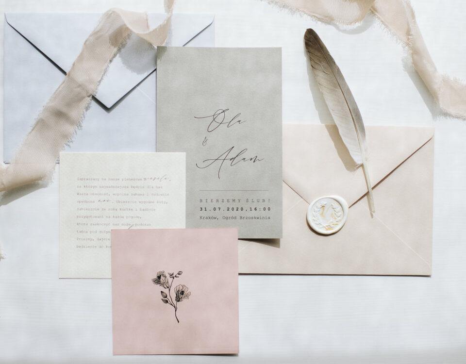 różowa papeteria ślubna